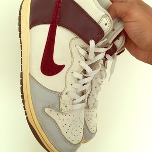 Nike dunk beaters